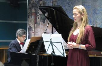 Con canto lírico y concierto de piano se dio por finalizado el año de Coloquios de Humanidades en el HPH