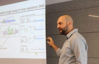 Experto en Epigenómica de UC San Diego visita la UDD