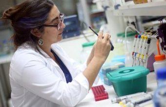 Investigación UDD busca anticiparse a la metástasis en el cáncer de mama