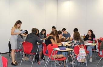 Alumnos de la Facultad de Medicina participan en curso de nivelación