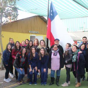 Docentes de Enfermería capacitan en RCP y Primeros Auxilios a personal de Escuela Especial de Lenguaje