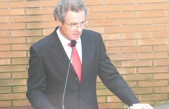 Homanaje al rector Ernesto Silva Bafalluy