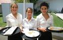 Alumnas en evento gastronómico