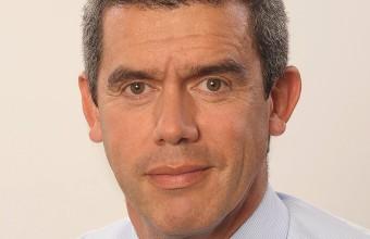 Director de Kinesiología UDD recibe importante premio a su trayectoria