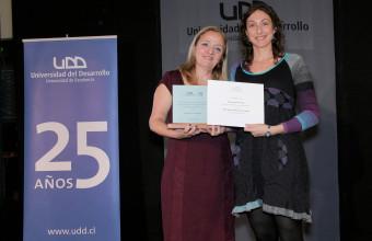 UDD premia a profesores destacados 2013