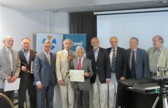Docente UDD nombrado es Miembro Correspondiente de la Academia Nacional de Medicina de Uruguay