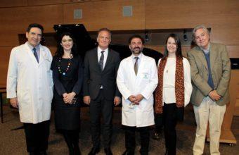Alfredo Perl realiza concierto para médicos, docentes y estudiantes de la Facultad