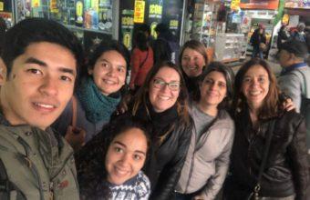 Alumnos de nutrición y publicidad UDD visitaron La Vega y el Mercado Tirso de Molina