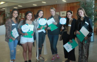 Obstetricia se estrena con 125 alumnas