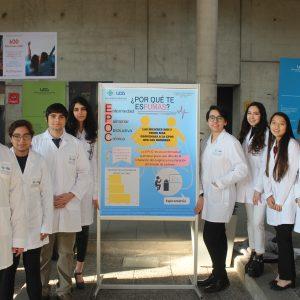 Estudiantes de Tecnología Médica exponen lo aprendido en el primer semestre