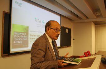 Experto internacional en bioderecho presenta libro de investigador UDD