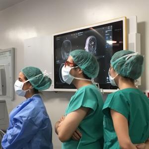 Fonoaudiología participa de cirugía cerebral en vigilia