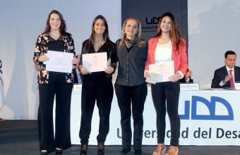 Alumnos y profesores de Kinesiología UDD recibieron distinción a la excelencia