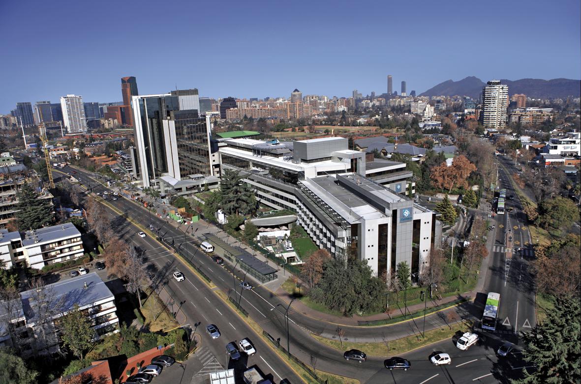 Udd: Carrera De Medicina (Santiago