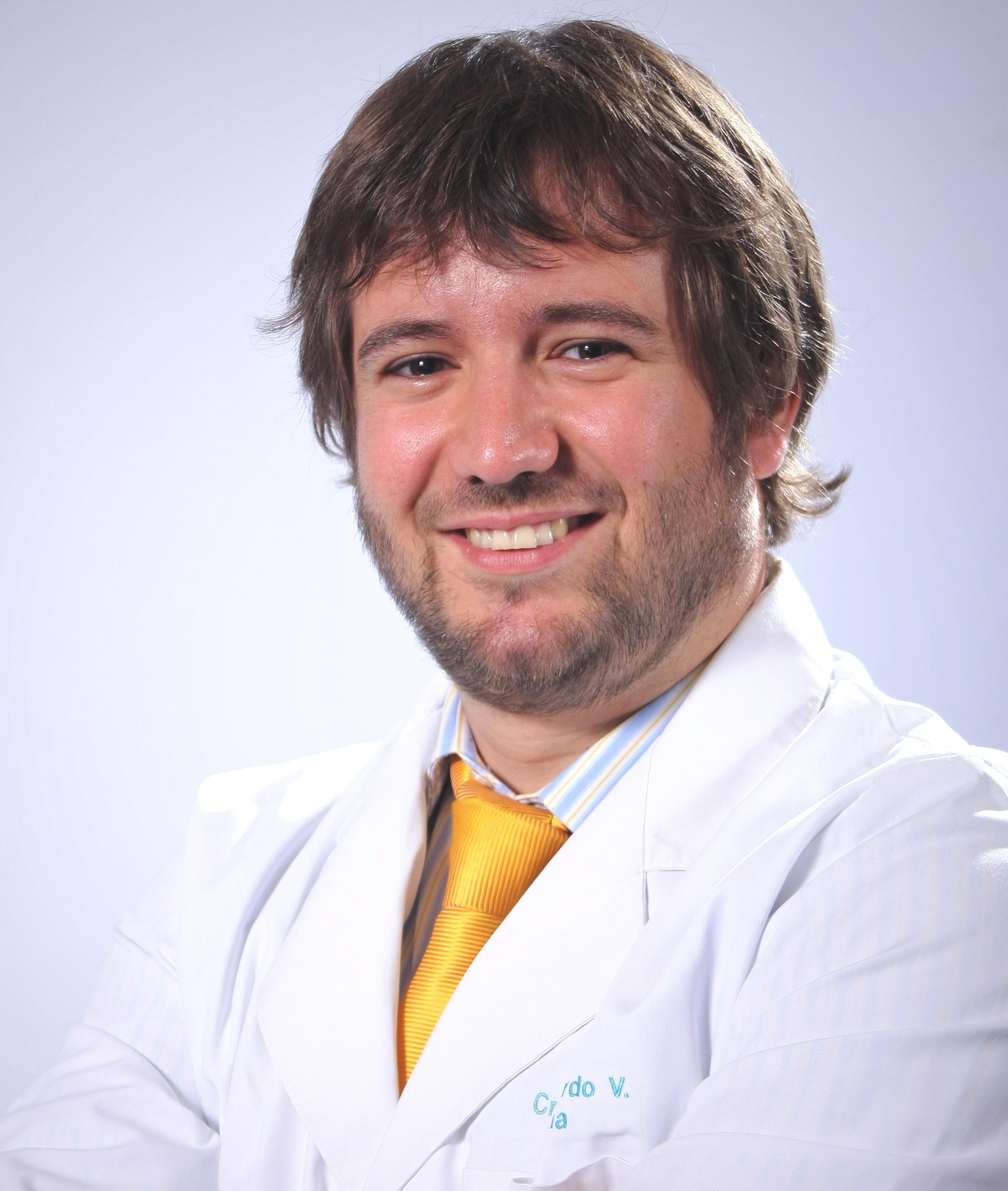 Ex alumno de Medicina es nombrado director del Consultorio Gabriela Mistral