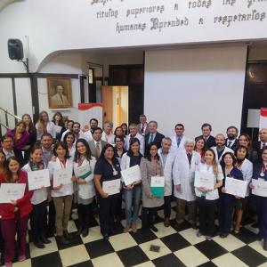 Incancer y Facultad de Medicina entregan diplomas de oncología, docencia y curso de educación en ciencias de la salud