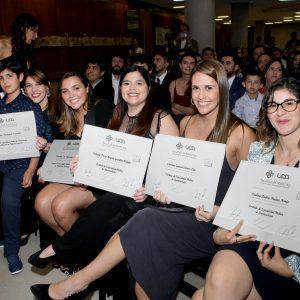 Facultad de Medicina titula a 114 alumnos de postgrado