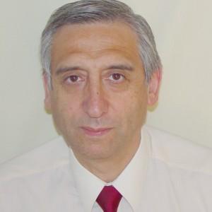 Dr. Ricardo Urzúa