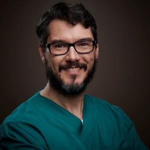 Dr. Rodrigo Casassus 2015
