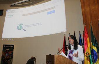 Lanzan libro y página web en apoyo a inmigrantes y equipos de salud en Chile